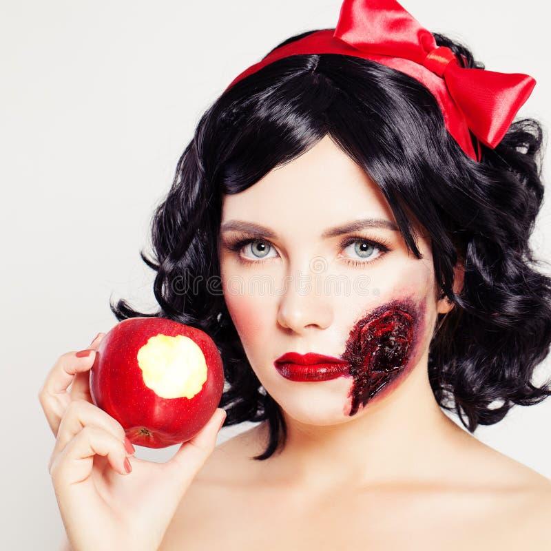 Download Maquillage Artistique De Halloween Haracters Blancs De ¡ De La Neige Ð De Femme Photo stock - Image du mort, fixation: 77151116