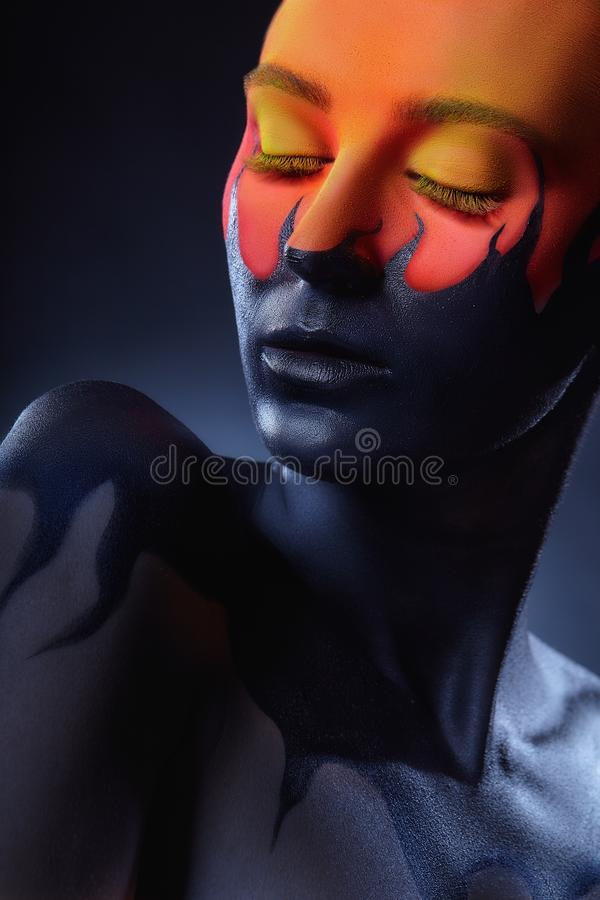Maquillage d'art images libres de droits