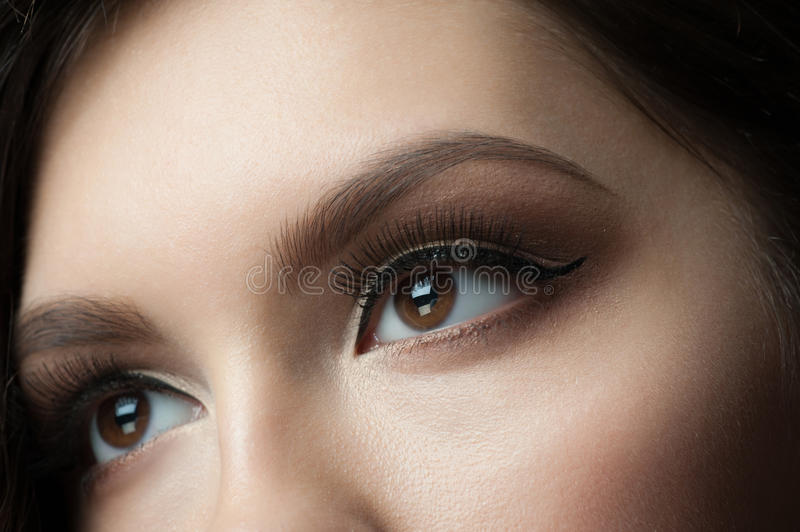 Maquillage d'oeil image stock