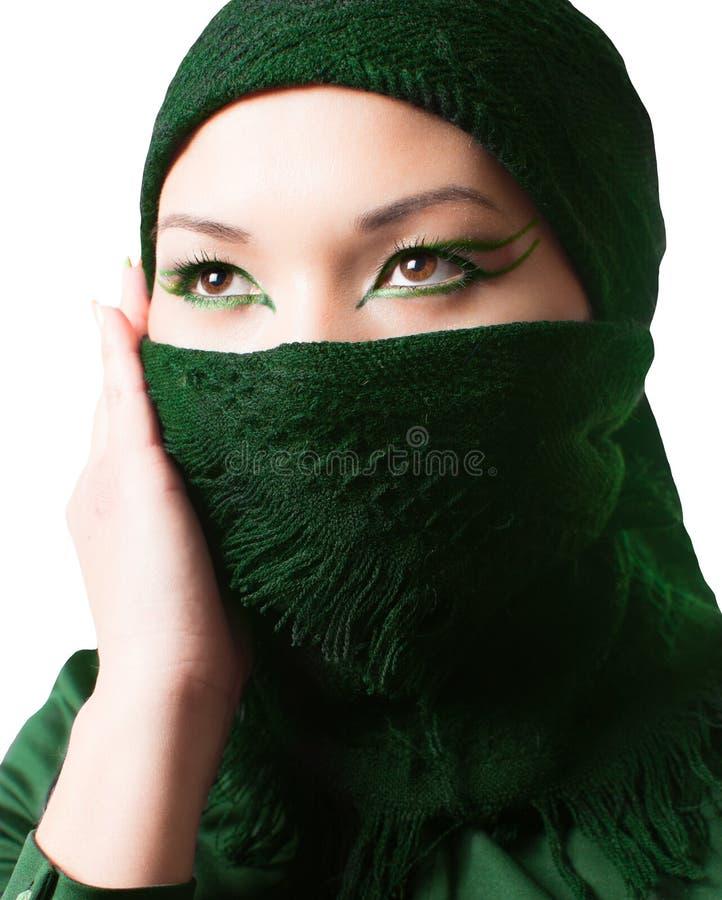 Maquillage oriental arabe, portrait de femme asiatique de kazakh avec le maquillage professionnel photo stock