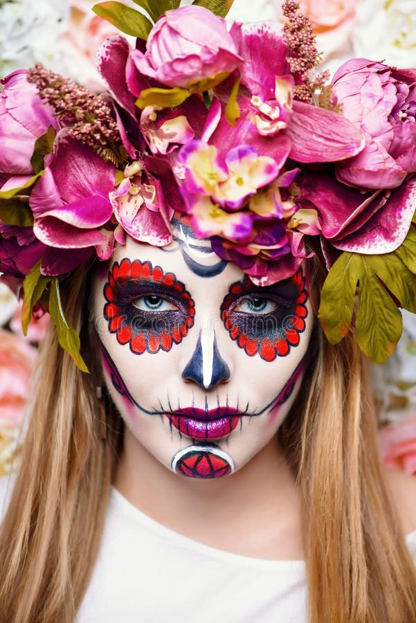 Maquillaje brillante de los muertos imagenes de archivo