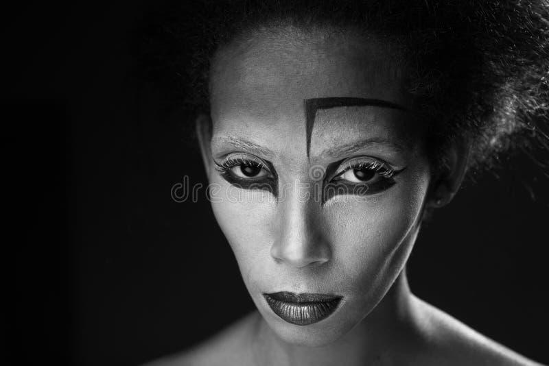 Maquillaje de la muchacha afroamericana imagen de archivo libre de regalías