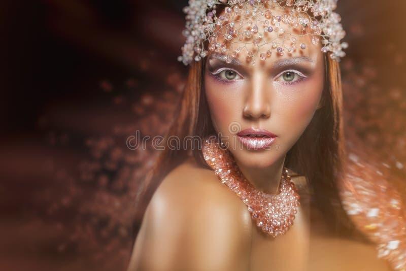 Maquillaje de la reina imagen de archivo libre de regalías
