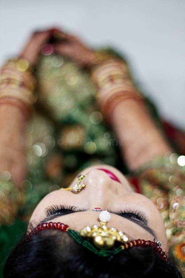 Maquillaje de los párpados - la India fotos de archivo