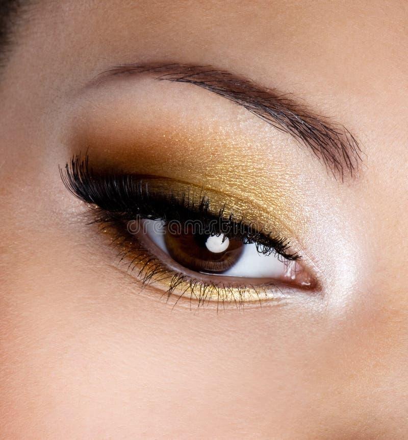 Maquillaje del ojo de la manera imagen de archivo libre de regalías