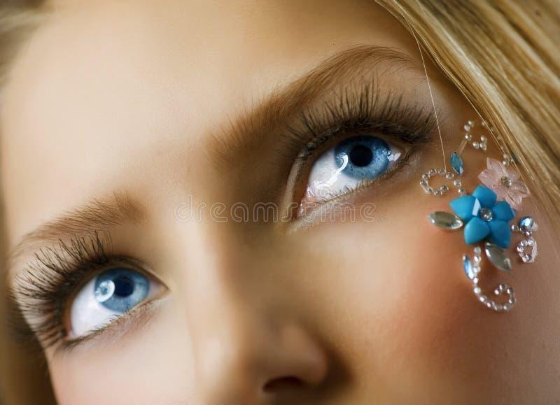Maquillaje floral creativo imagen de archivo libre de regalías