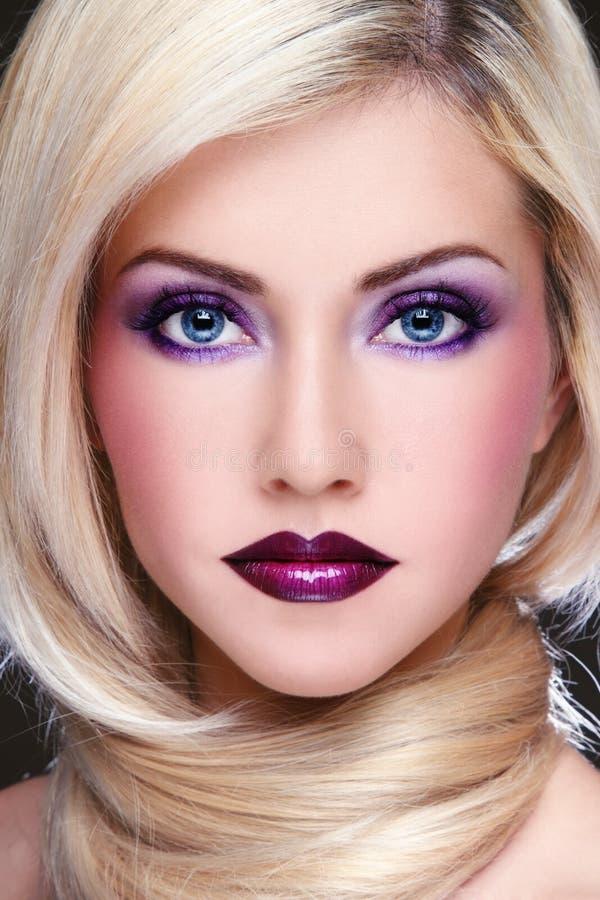 Maquillaje violeta fotografía de archivo