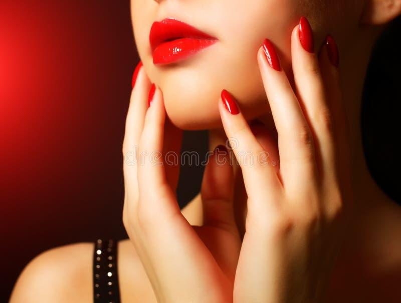 Maquillaje y manicura foto de archivo libre de regalías