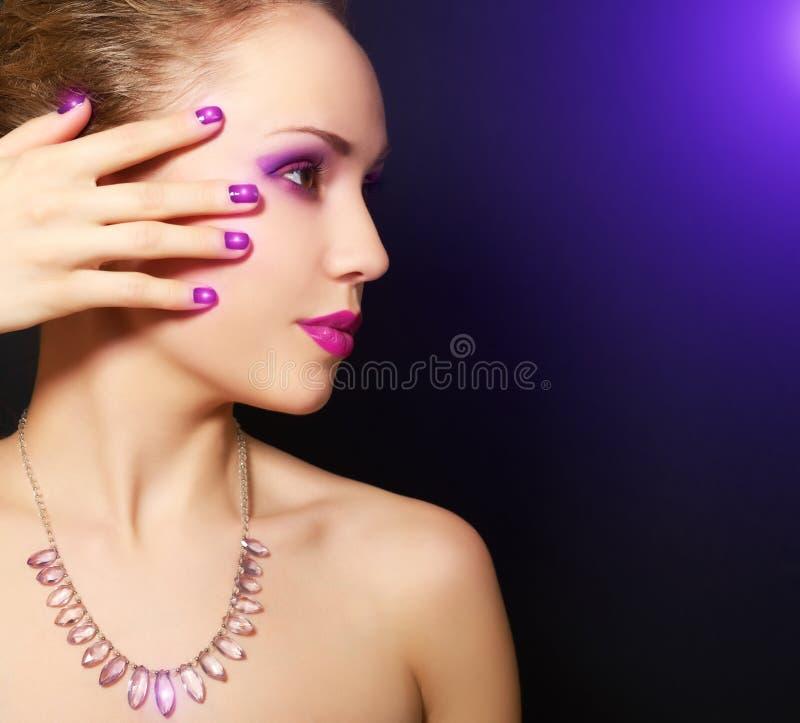Maquillaje y manicura imágenes de archivo libres de regalías