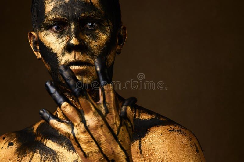 Maquillaje y tema de Halloween Minero del carbón y de oro imagenes de archivo