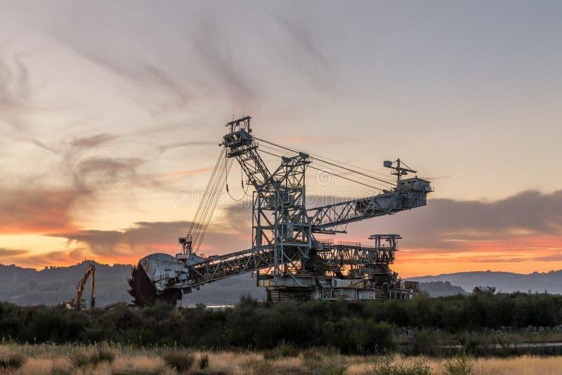 Maquinaria de mineração fotografia de stock royalty free