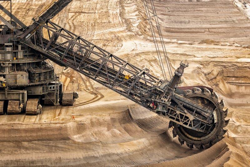 maquinaria de mineração da máquina escavadora de roda de cubeta fotos de stock royalty free
