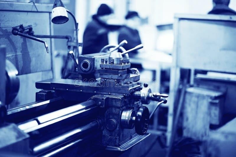 Maquinaria de torneado del equipo imagen de archivo