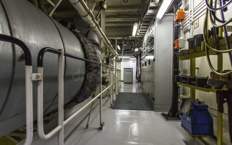 Maquinaria do navio de recipiente fotografia de stock