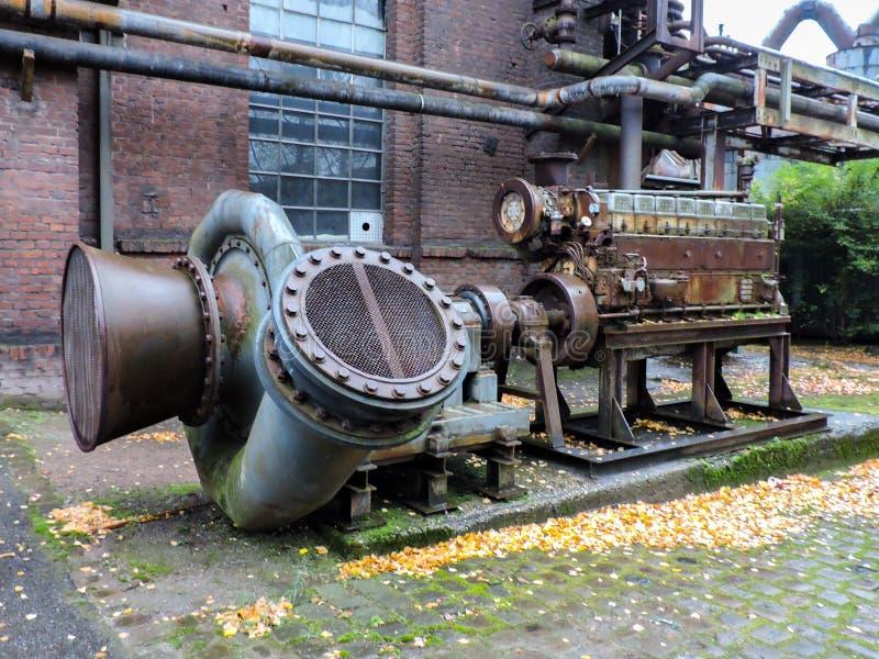 maquinaria na planta fotografia de stock