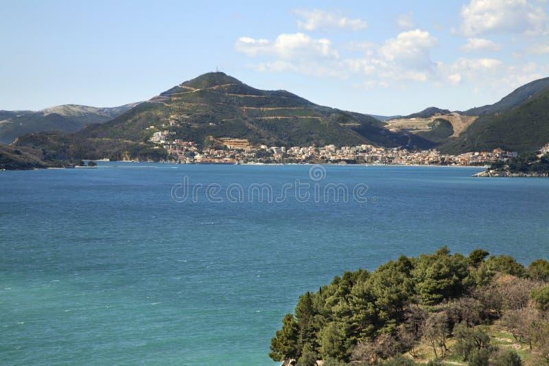 Mar adriático cerca de Budva montenegro fotos de archivo libres de regalías