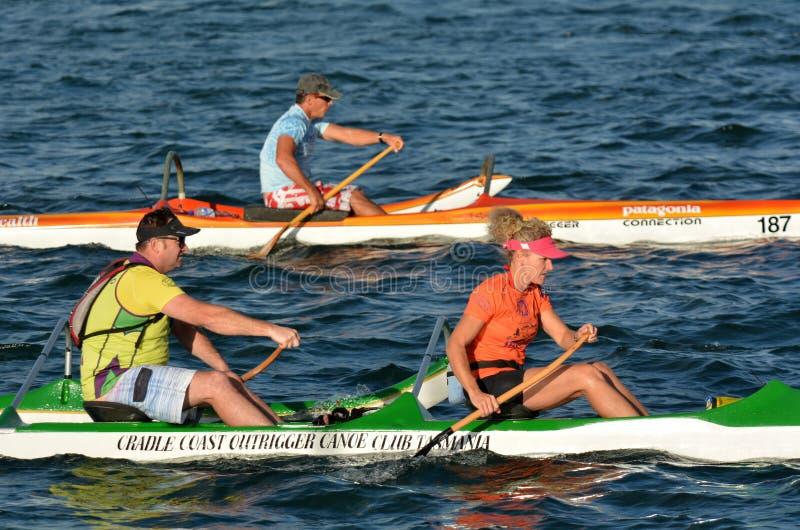 Mar australiano que kayaking em Gold Coast Queensland Austrália imagens de stock