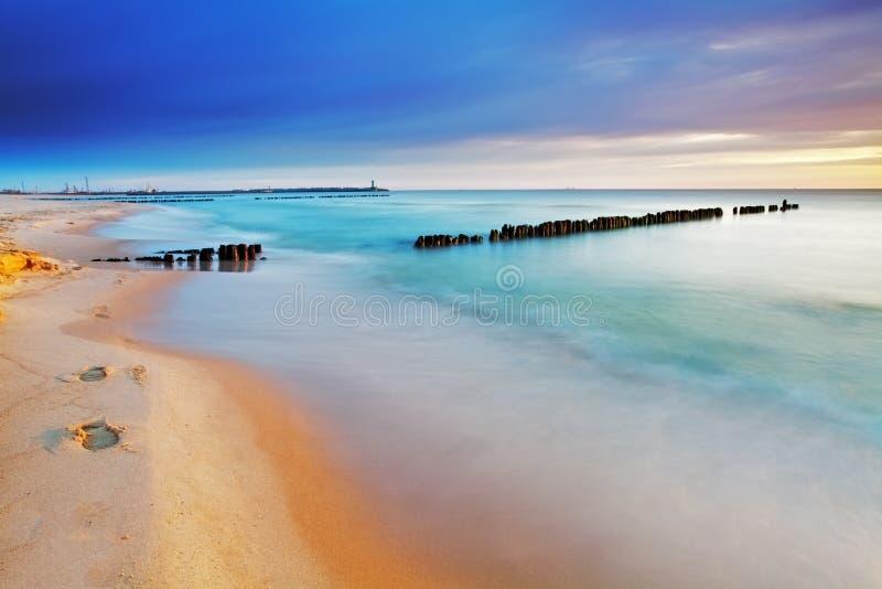 Download Praia Em Poland - Mar Báltico No Nascer Do Sol Imagem de Stock - Imagem de scenic, beleza: 29826711