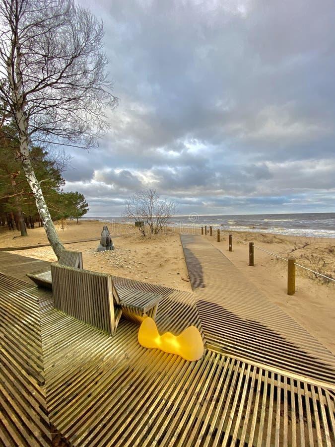 Mar Báltico outono costa mar praia mar Saulkrasti Letónia imagem de stock royalty free