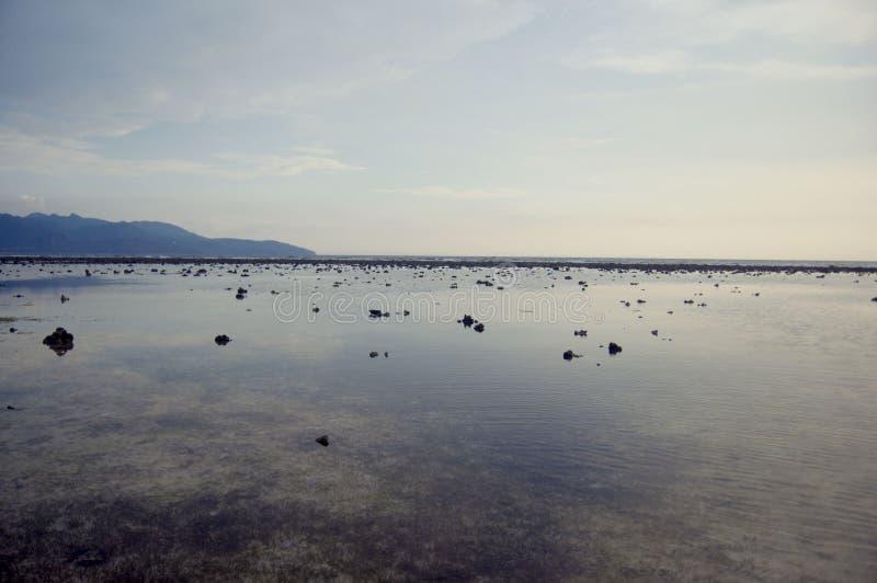 Mar calmo, Gili Trawangan imagem de stock