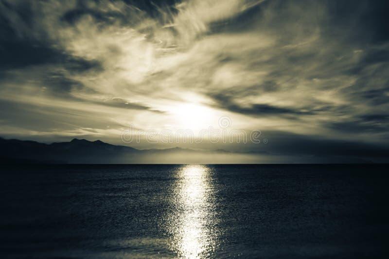 Mar cambiante azul fotografía de archivo libre de regalías