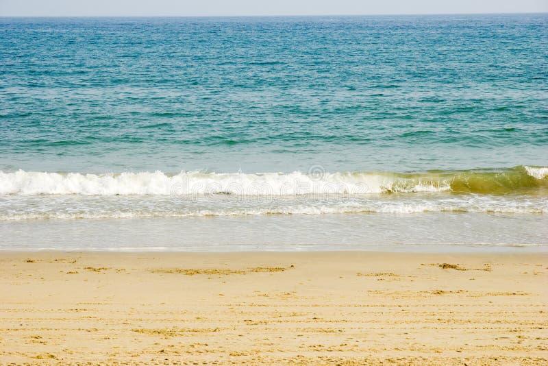 Mar com onda macia fotografia de stock