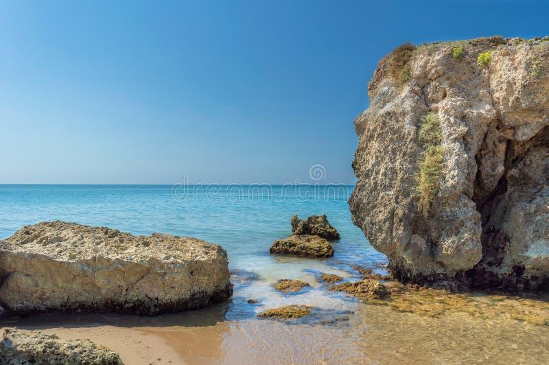 Mar da costa de Sicília - Gela imagens de stock
