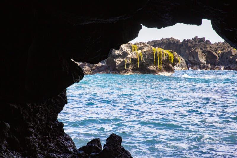 Mar de la cueva foto de archivo libre de regalías