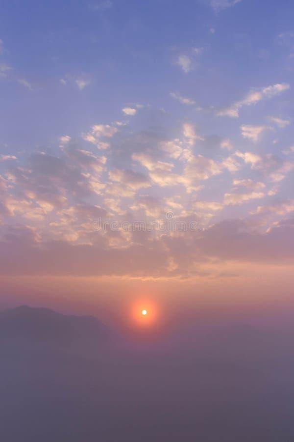 Mar de la niebla foto de archivo libre de regalías
