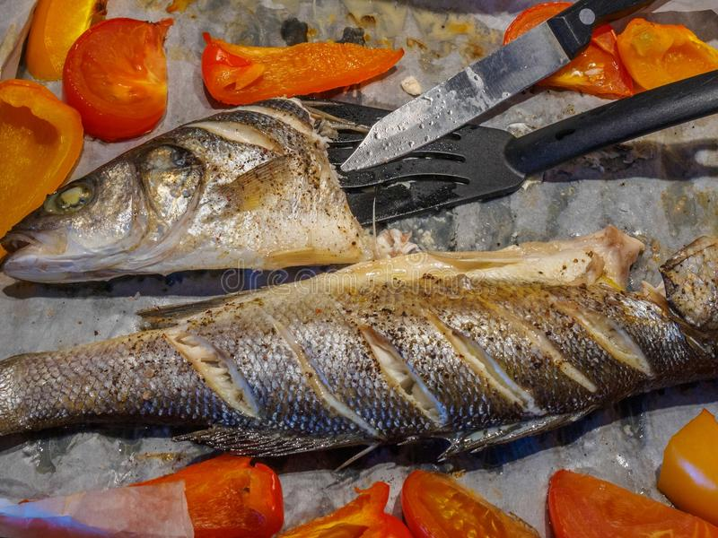Mar de los pescados cocido imagen de archivo