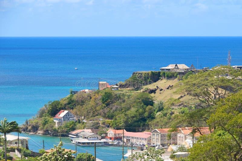 Mar del Caribe - isla de Grenada - ` s de San Jorge - el puerto y los diablos internos aúllan imagen de archivo libre de regalías
