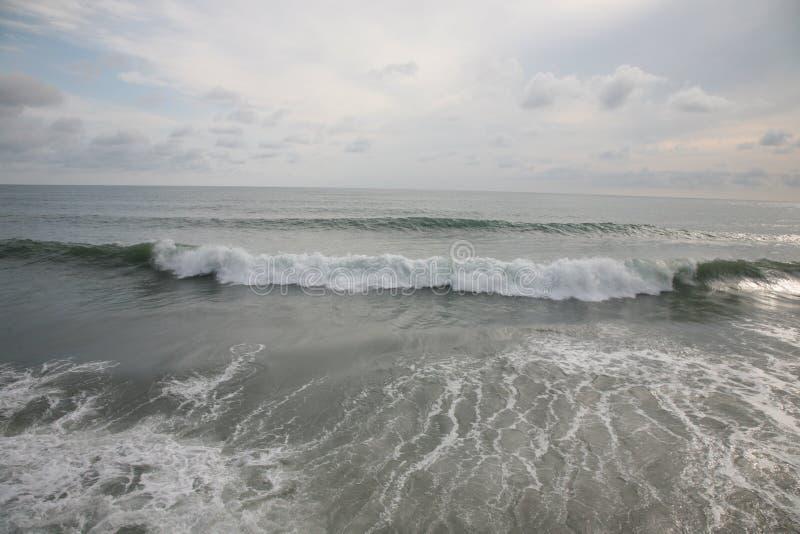Mar e nuvens imagem de stock