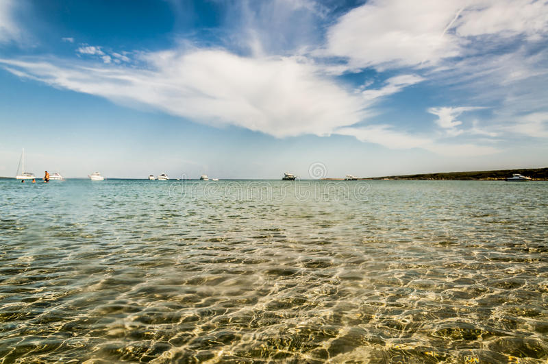Mar e nuvens imagens de stock