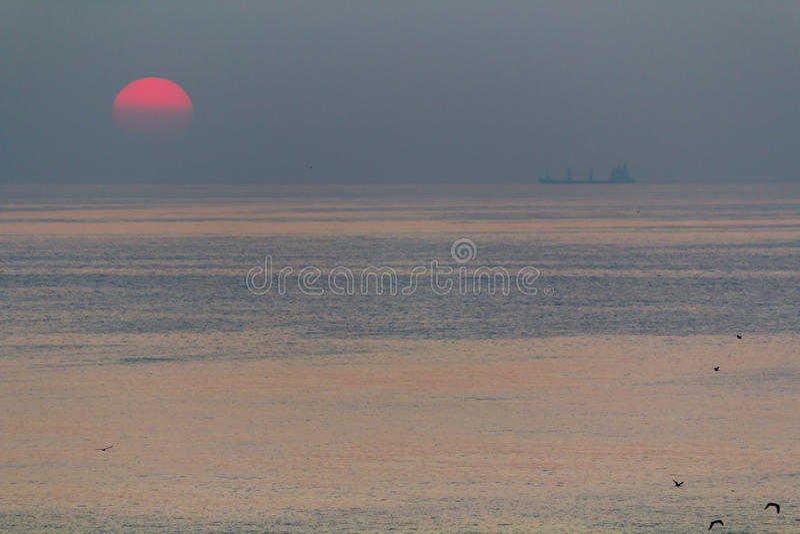Mar e sol foto de stock