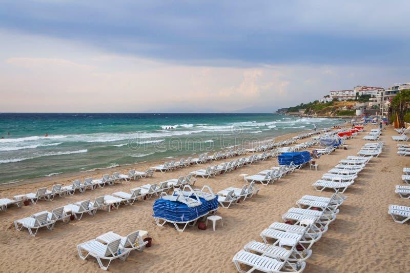 Mar Egeo y playa hermosa de las señoras Kusadasi Turquía fotografía de archivo libre de regalías