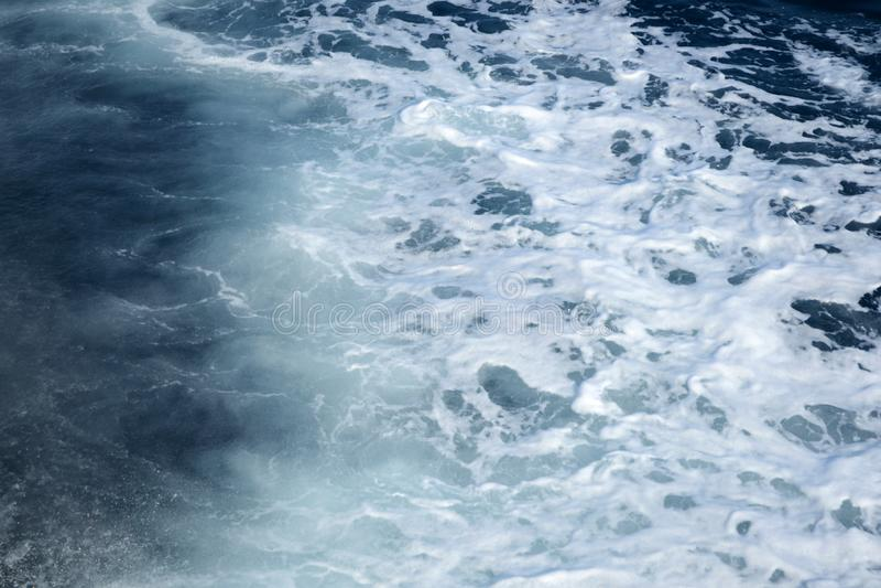 Mar espumoso imagens de stock royalty free