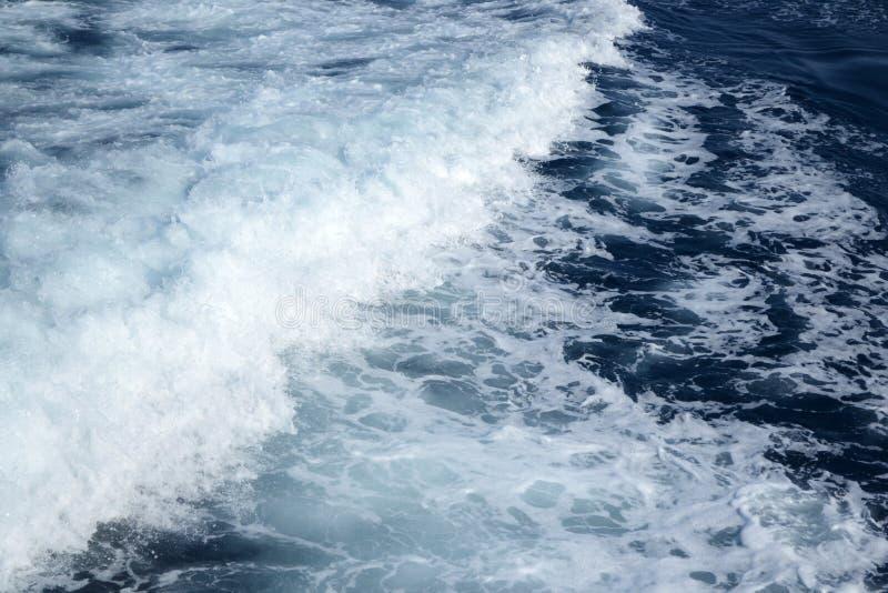 Mar Ionian espumoso imagem de stock
