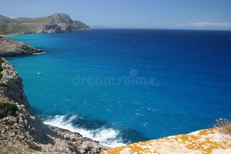 Mar Mediterrâneo bonito foto de stock