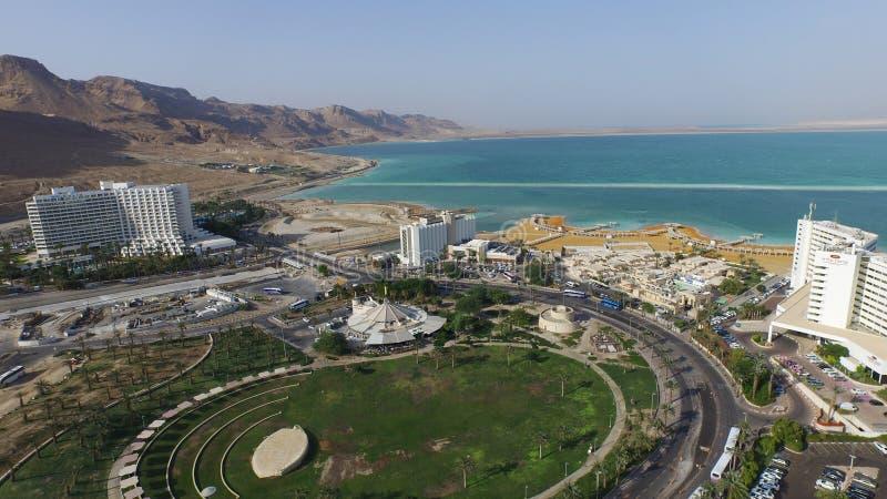 Mar Morto aéreo na área dos hotéis em Israel imagem de stock