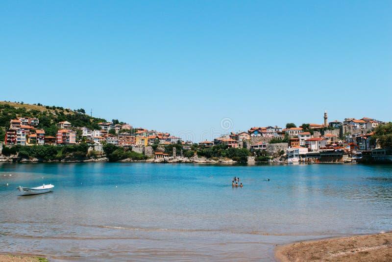 Mar Nero al giorno di estate in Amasra, Turchia fotografia stock libera da diritti