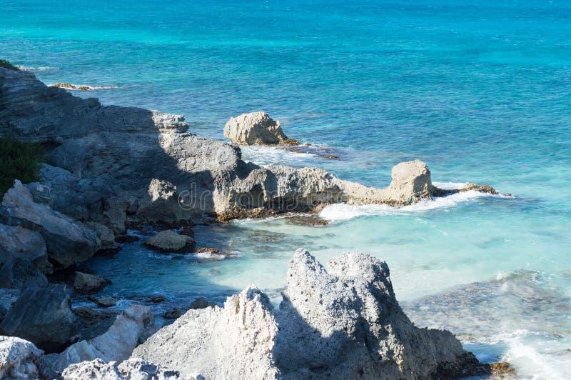 Mar, rocas, isla de Isla Mujeres méxico imagenes de archivo