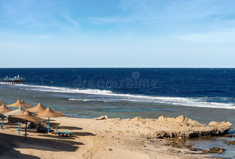 Mar Rojo Egipto - playa y Coral Reef imágenes de archivo libres de regalías