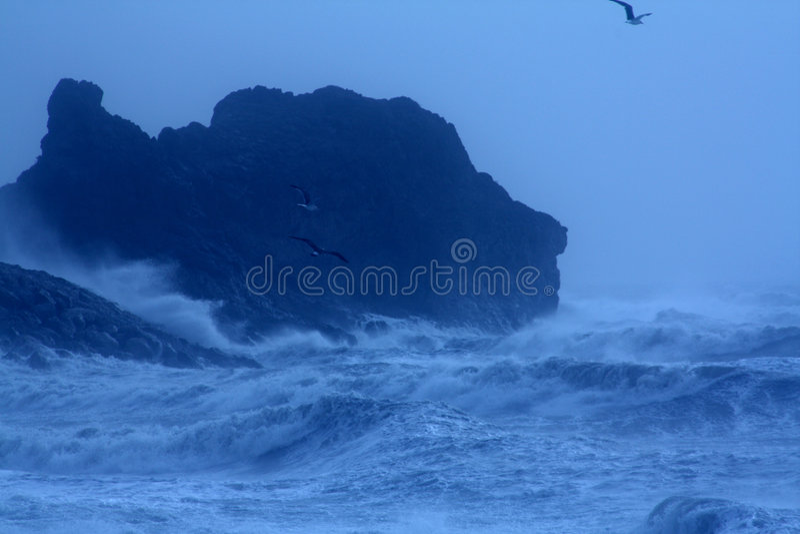 Mar tormentoso áspero fotos de stock royalty free