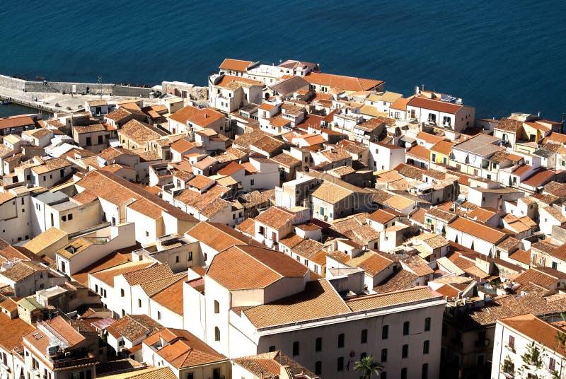 Mar-vista de Cefalu fotografia de stock