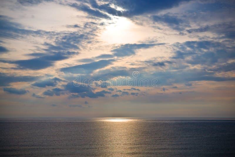 Mar y cielo fotografía de archivo