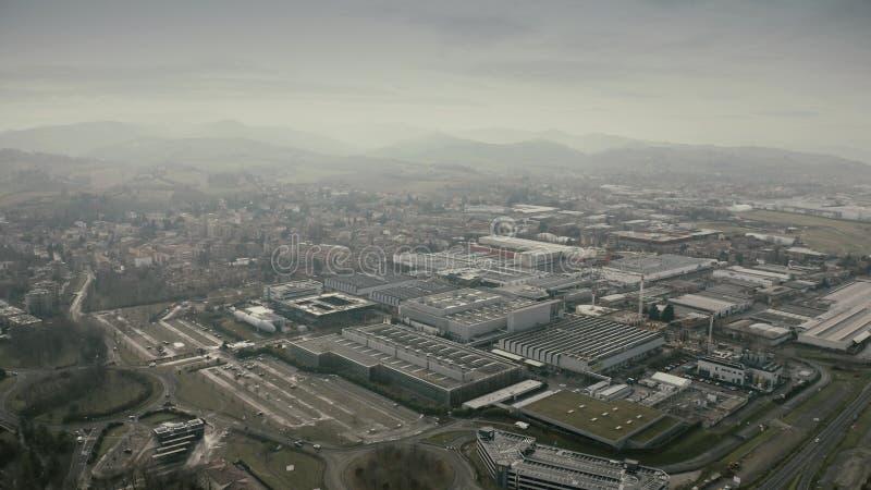 MARANELLO, ITALIA - 24 DICEMBRE 2018 Vista aerea del complesso della fabbrica dell'automobile di Ferrari immagini stock