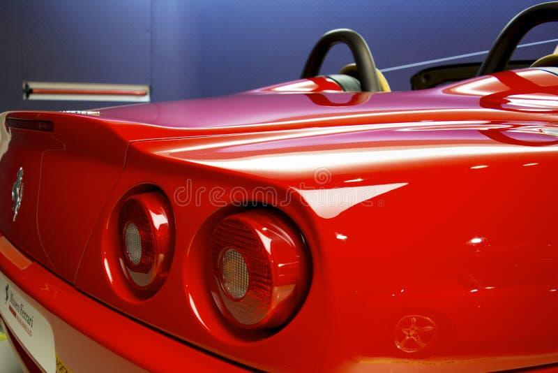 MARANELLO ITALIEN - mars, 2017 Ferrari museumutställning royaltyfria foton