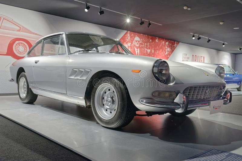 Maranello, Italy: Ferrari rocznika sportów samochód obraz stock