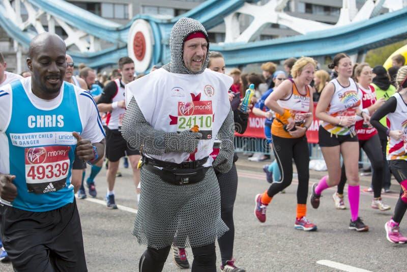Marathon de Londres d'argent de Vierge 24 avril 2016 photos libres de droits