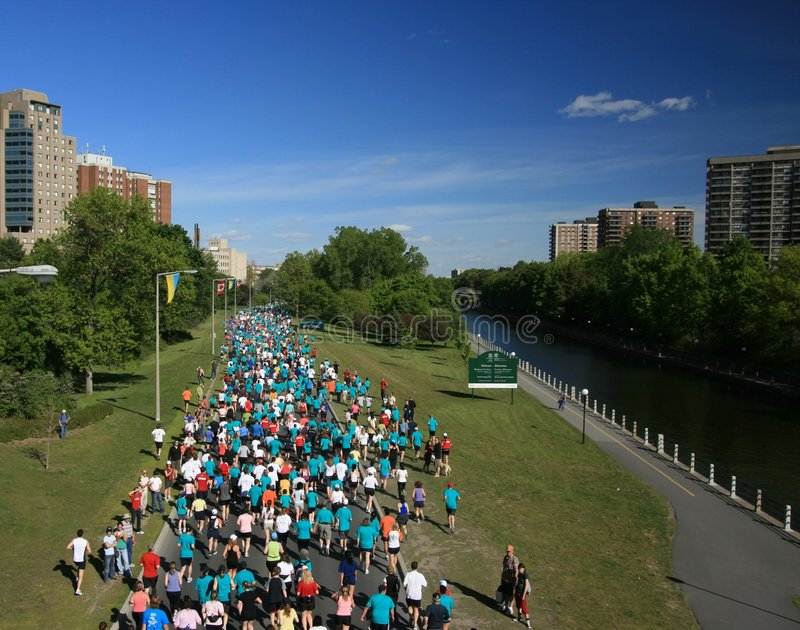Download Marathon and Rideau Canal editorial photo. Image of fitness - 5266996